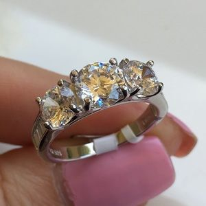 Jewelry - 18k white gold wedding 3 stone diamond ring 3 CT